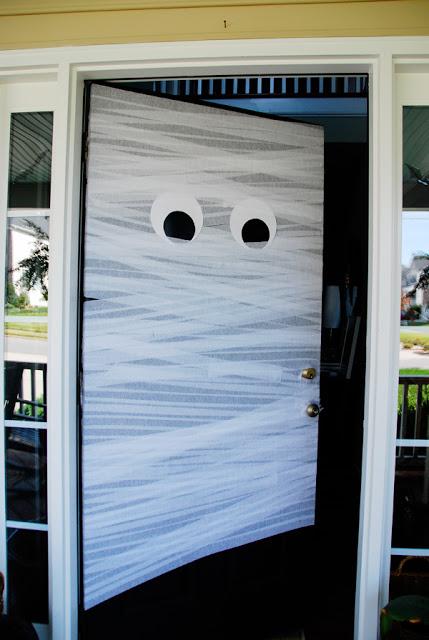 Mumia-ajto-halloween